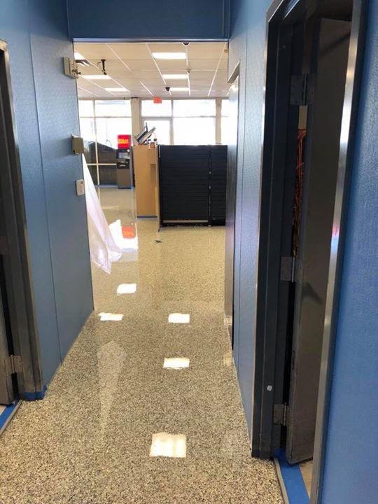 flooring iwth high gloss finish